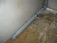 Монтаж труб внешней канализации