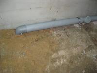 Монтаж труб канализации в квартире