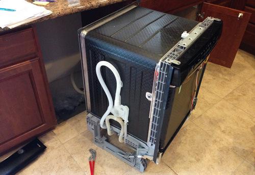 Подключение посудомоечной машины с доработкой коммуникаций в Одинцово