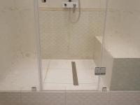 Установка душевой кабины с тропическим душем