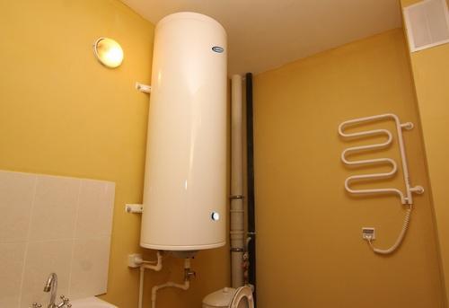 Установка настенного водонагревателя вертикально в Одинцово