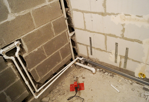 Замена труб канализации в ванной в Одинцово